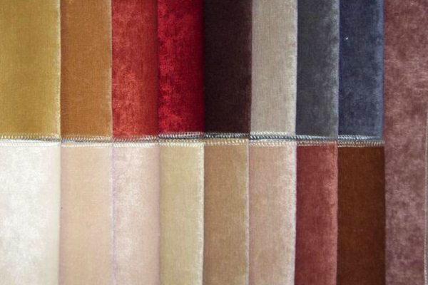 Вибираємо оббивку для меблів: категорії та види тканин