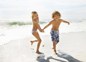 Новий закон! Виїхати закордон з дитиною можна без згоди другого з батьків